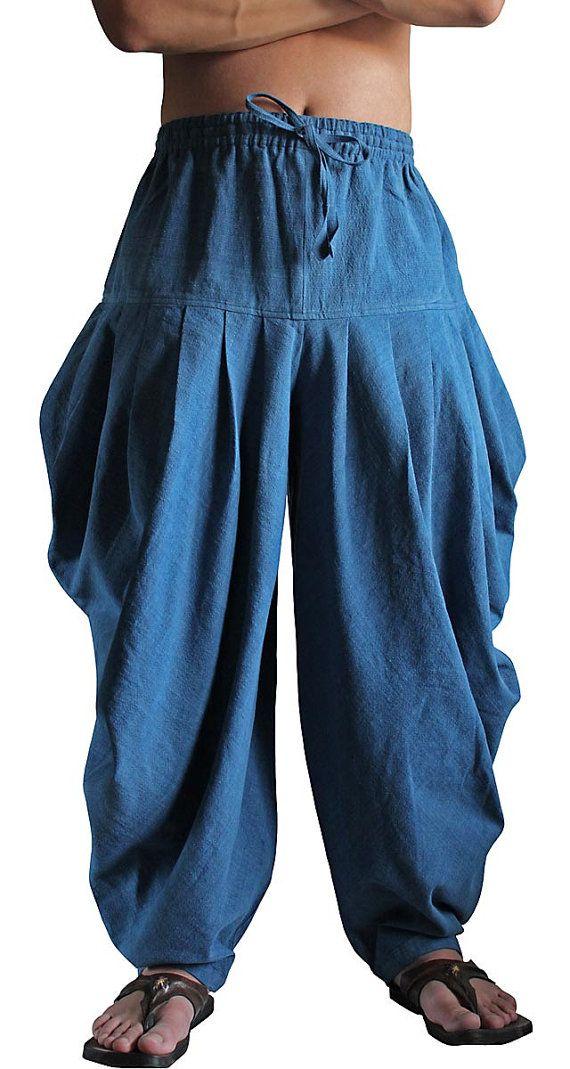 ChomThong Hand geweven katoen 100%  Zonder voering  Kleur: Indigo  Lengte: 115cm Taille; 66cm〜100cm Binnenbeenlengte: 66cm  (voor uw referentie, de vrouwelijke model is 178cm lang.)