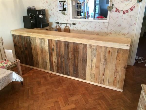 DIY Pallet L-Shape Desk - Counter and Bar Table | 99 #Pallets The DIY pallet projects are really helpful and for everyone who wants a comfortable living style on a #budget.