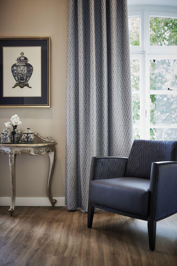 Logenze FR – #woven, shrink #yarns #jacquard weave #diamond pattern 9 #colors #Chair 100% #trevira cs Palora in #blue #flameretardant #meubelstoffen #interieur #decoratie #wooninrichting #interieurstoffen #kobe #kobeinterior #curtains #upholstery #fabrics #interiors #decoration #homefurniture #homedecoration #interiorfabrics #textile #inspiration #collection #furnishing #Dekostoffe #Polsterstoffe #Wohneinrichtung #Möbelstoffe #ameublement #hotels #contractfabrics #hospitality #maritime…