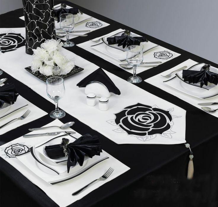 Yemekteyiz Luks Kadife Yemek Takimi Siyah Masa