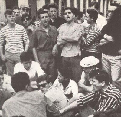 Generazione magliette a strisce. 7 luglio '60. I morti di Reggio Emilia.
