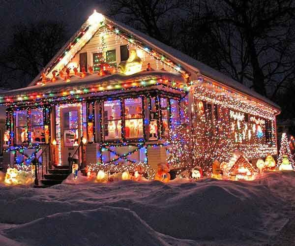 Decorated Homes For Christmas 34 best crazy christmas houses images on pinterest | holiday