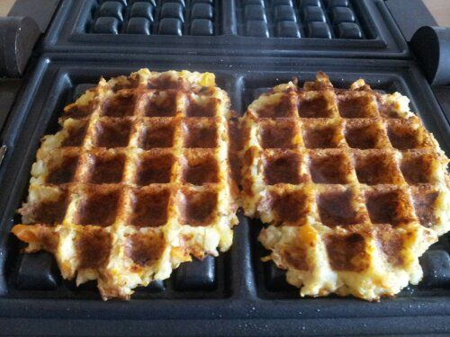 My mum gave me an ancient waffle maker yesterday. I've never made American style waffles but as Lidl no longer do gf waffles (nor croquettes grrrr) I thought I'd give this a go to make …