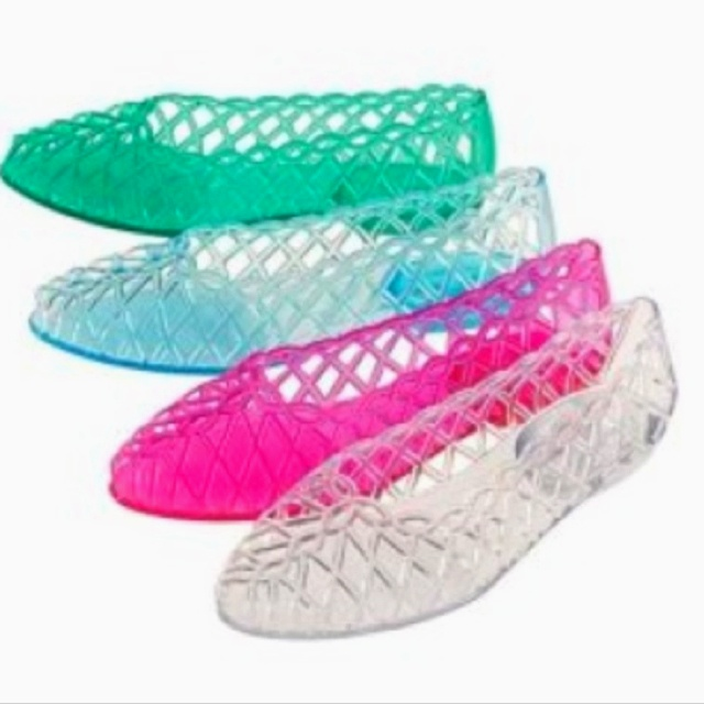 If you grew up in the 80's or 90's you wore these!!!