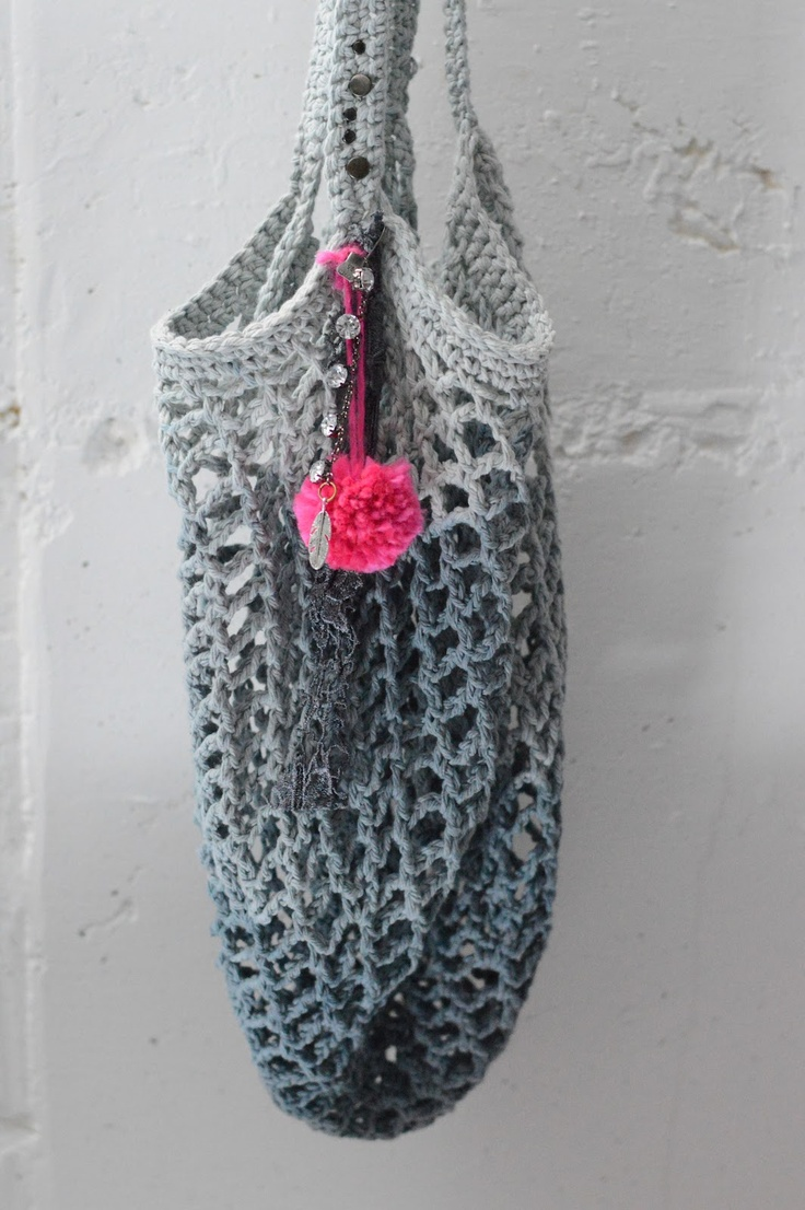 Maize Hutton: Crochet a Free People-like Bag...Love the ombre color!
