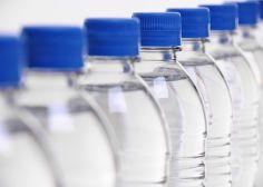 El ránking de la OCU de las mejores marcas de agua embotellada del mercado