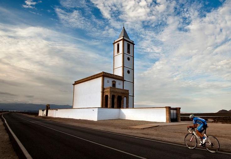 Place: Iglesia de las Salinas, Gabo de Gata, Almería / Andalucía, Spain. Photo by: Miguel Hidalgo (500px.com)