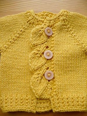 adorable gilet feuilles moutarde (ravelry pattern)