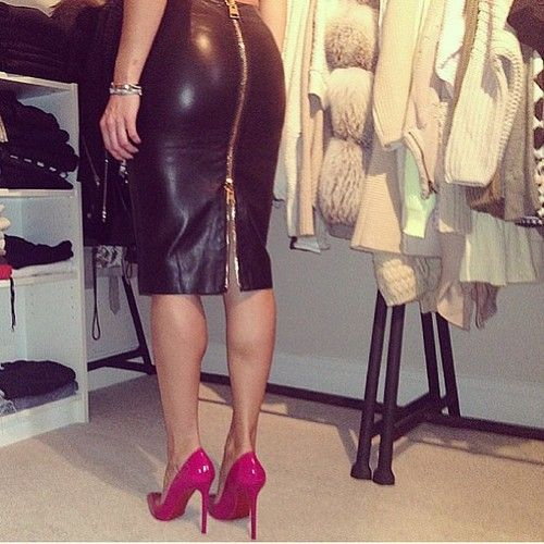 Fuchsia heels with black leather skirt