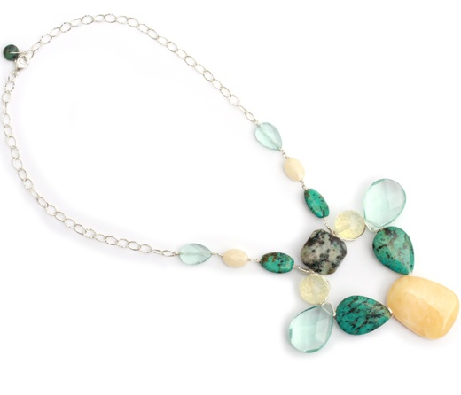 Collar Sandar. Statement necklace with natural stones