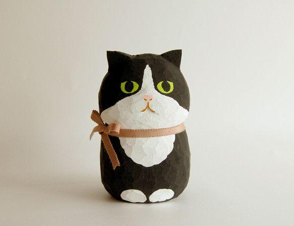 木彫り人形 黒×白ねこBig [CWF-063]