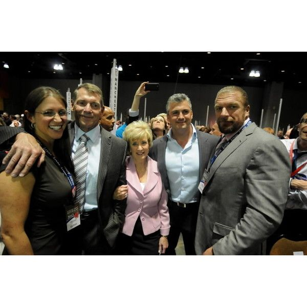 McMahon family ❤ liked on Polyvore featuring wwe