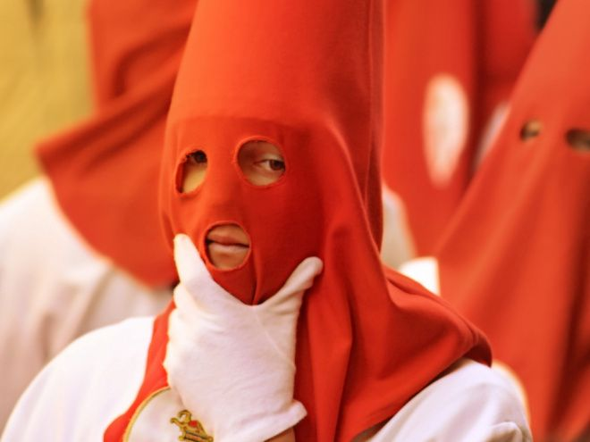 Comprehensible readings and additional activities to teach Spanish students about Semana Santa