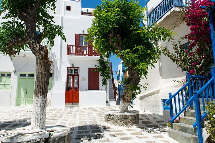 It's easy and safe! Direct online bookings save you time and money! Click on https://goo.gl/Tl1ukW and find the best prices that will take you for a beautiful holiday in Aegean's unique island of Mykonos.   #mykonos #mykonosisland #greece #aegean #apartment #summer2016 #alanamykonostown