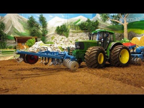 RC TRACTOR John Deere at work - Amazing Rc toy action - YouTube
