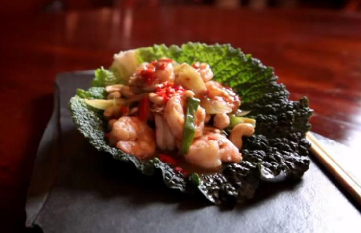 Kuchnia chińska według Goka: Pikantne smażone krewetki z orzechami nerkowca