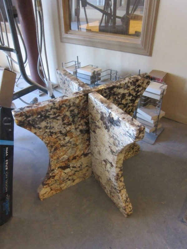 a table base that come apart for easy transportation in mascarello granite by granite grannies