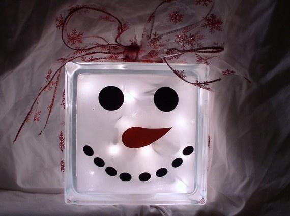 glass block snowman erinkchan: Snowman Faces, Christmas Crafts, Crafts Ideas, Glass Blocks, Glasses Blocks Crafts, Blocks Ideas, Christmas Decor, Glasses Lights, Blocks Snowman