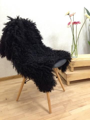 East Perry's black curly chair throw, perfect for black and white home interior, or bohemian home decor. Check the link for full product info.