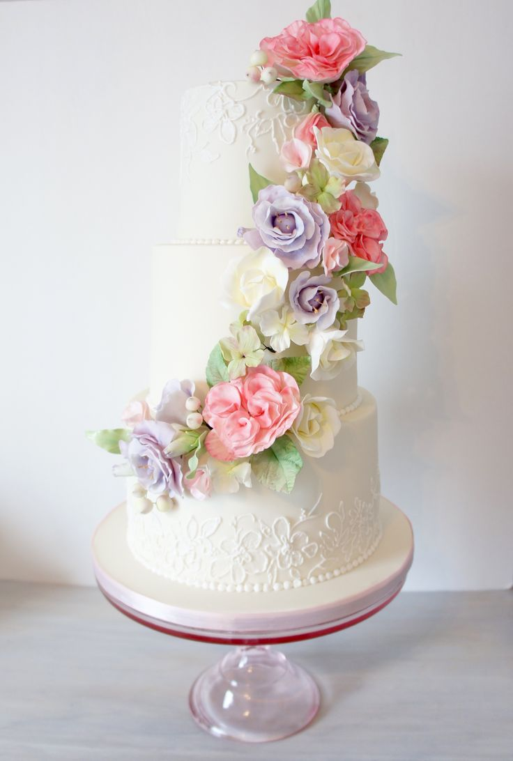 sugar flower wedding cakes 17 best images about wedding cakes on cabbage 7794
