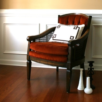 love this retro chair.