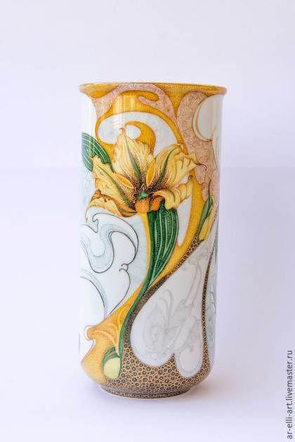 """Вазы ручной работы. Ярмарка Мастеров - ручная работа. Купить Фарфоровая ваза """"Желтый тюльпан"""". Handmade. Желтый, цветы на фарфоре"""