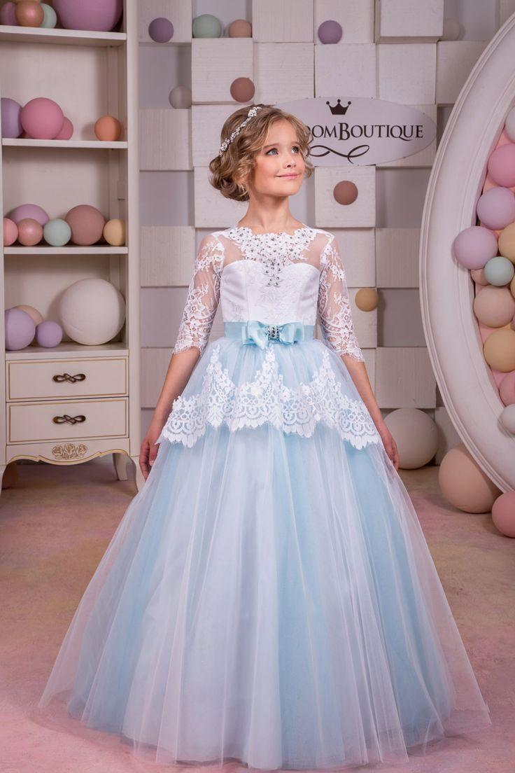 Please read our store policies before placing your order here https://www.etsy.com/ru/shop/Butterflydressua/policy Gorgeous white and blue flower girl dress with multilayered skirt, lace corset with buttons, lacing and satin stripe with bow. Item material: upper layer of the skirt- lace middle layer of the skirt- tulle lower layer of the skirt- taffeta corset- lace, satin Item color: white and blue. Size: 2-3-4-5-6-7-8-9-10 The size chart is the picture of...