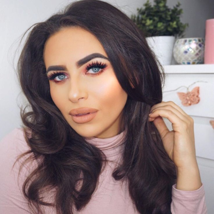 "4,251 Likes, 104 Comments - Imogen Hudson (@imogenation_) on Instagram: ""BIG BOUNCY BLOW with a difference is now up on my channel: Imogenation. Featuring my Huns…"""