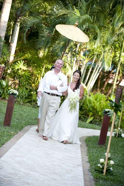 The bridal walk through the villa gardens.