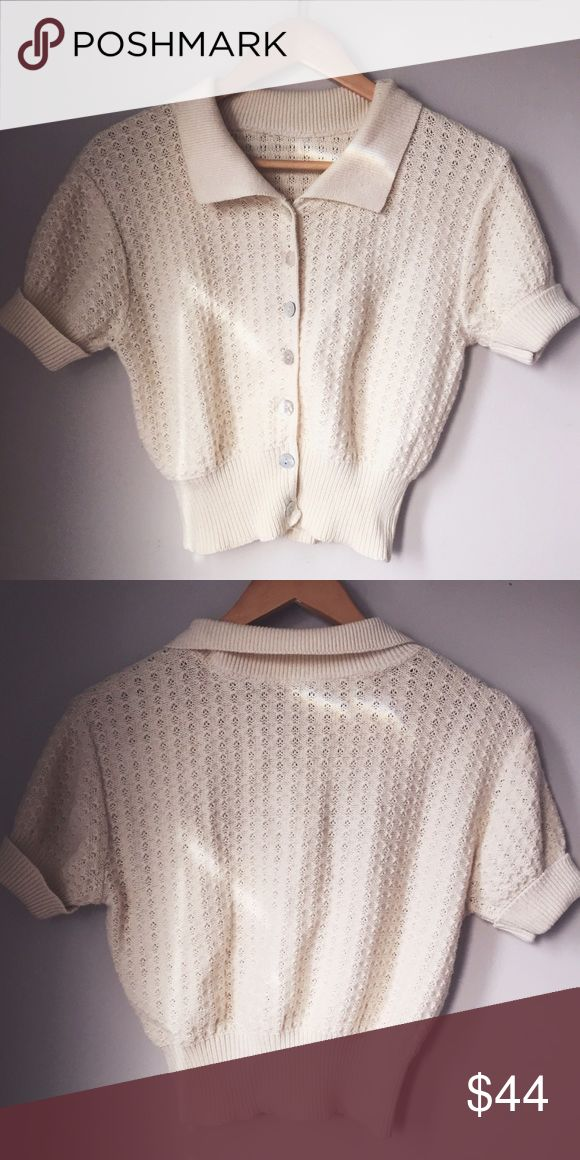 Vintage cream cropped button down top ⋈ Major 90s vibes ⋈ Stretchy and comfy ⋈ Will fix XS and Small ⋈ Minor wear/pilling ⋈ Price is negotiable! Vintage Tops Crop Tops