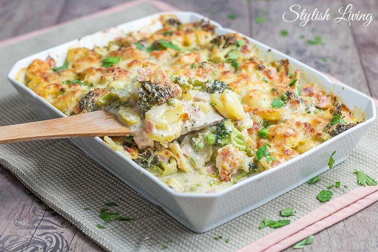 Kartoffel-Brokkoli-Auflauf mit Käse und Schinken