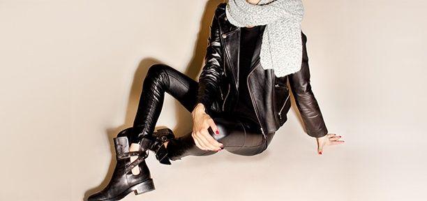 Leder - Ein Allroundtalent. Ob #Veloursleder, Nubuk, Lammnappa oder #Glattleder – Luxus-Designer wie #Gucci, #Valentino oder #BottegaVeneta setzen auf die Zeitlosigkeit des hochwertigen Materials. Nicht nur bei Jacken, Schuhen oder Taschen findet es Verwendung, sondern auch bei Kleidern, Hosen und Röcken kommen die Leder Trends 2017 zum Einsatz. Jetzt die schönsten Leder-Looks kaufen auf www.vite-envogue.de