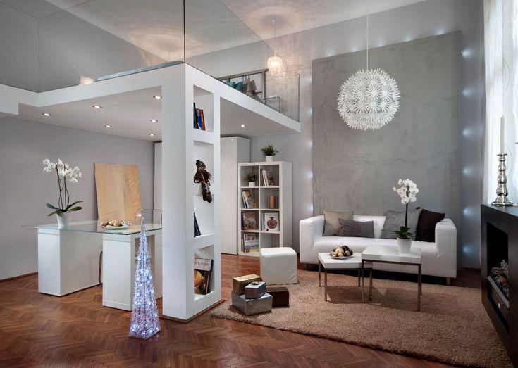 A mindössze 35 négyzetméteresbudai garzonlakásban - jól átgondolt térszervezéssel tágas nappali, kényelmes konyha, külön háló és egy mini otthoni iroda kialakítása is lehetővé vált - hála a kreatív enteriőrtervező, Török Bernadett ötleteinek…