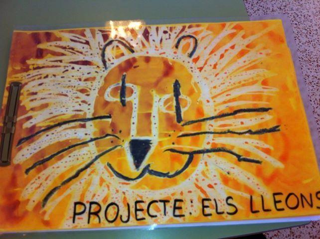 Tapa álbum proyecto los leones. Portada álbum escolar. Tapa trabajo clase sobre los leones