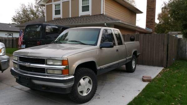 1998 Chevy Silverado 1500 z71 (Derby kansas) $4200: The post 1998 Chevy Silverado 1500 z71 (Derby kansas) $4200 appeared first on…