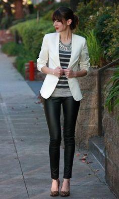 Moda it - Look: Blazer Branco + Legging de Couro | Moda it