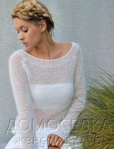 Тонкий вязаный пуловер Ebb от Kim Hargreaves выполняется из нежнейшей пряжи спицами четырех размеров.