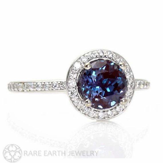 Alexandrite Engagement Ring oh if I could ever have this ring I would die! Not even for an engagement it's just beautiful