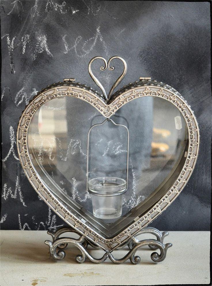Dorothea: Beautiful heart candle holder