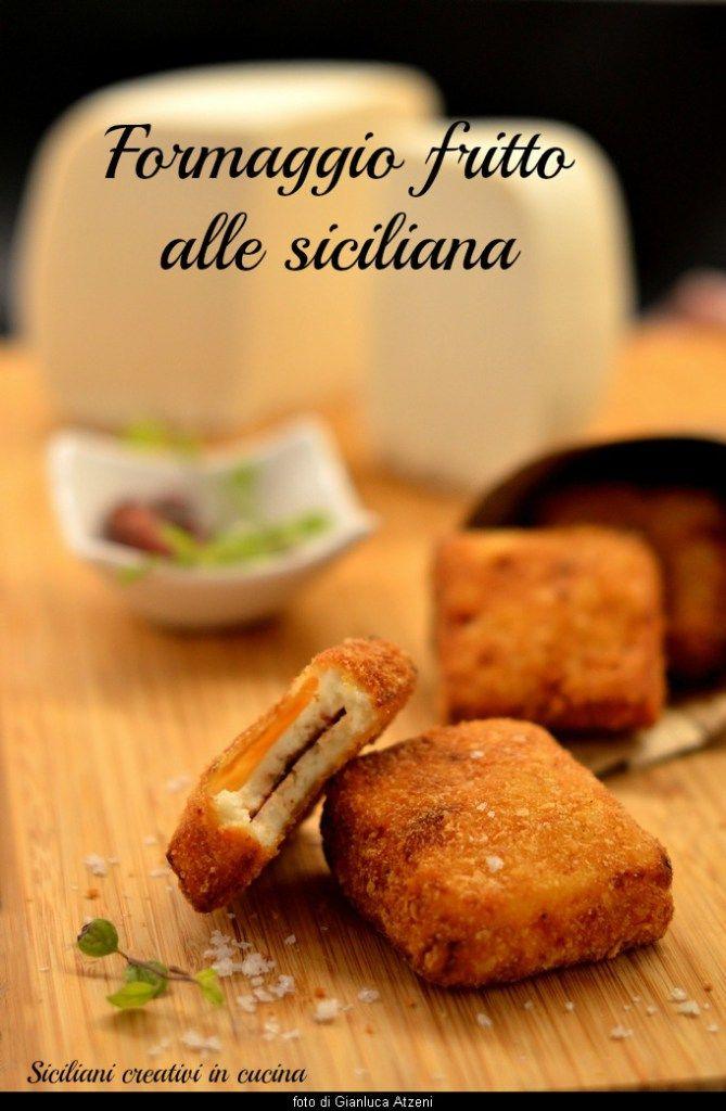 Immancabile tra gli antipasti misti delle tavole siciliane, il formaggio fritto, ripieno di acciughe e impanato come una cotoletta, è un trionfo di sapore. La ricetta di oggi non è di certo dieteti…