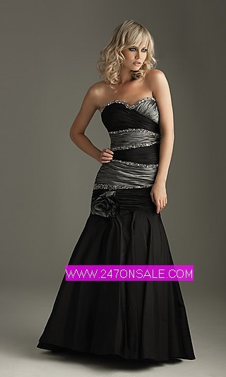 Hmmm not sure of style black and silver bridesmaid for Black and silver wedding dress