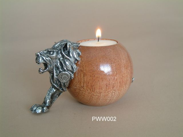 Lion ball wood candle holder