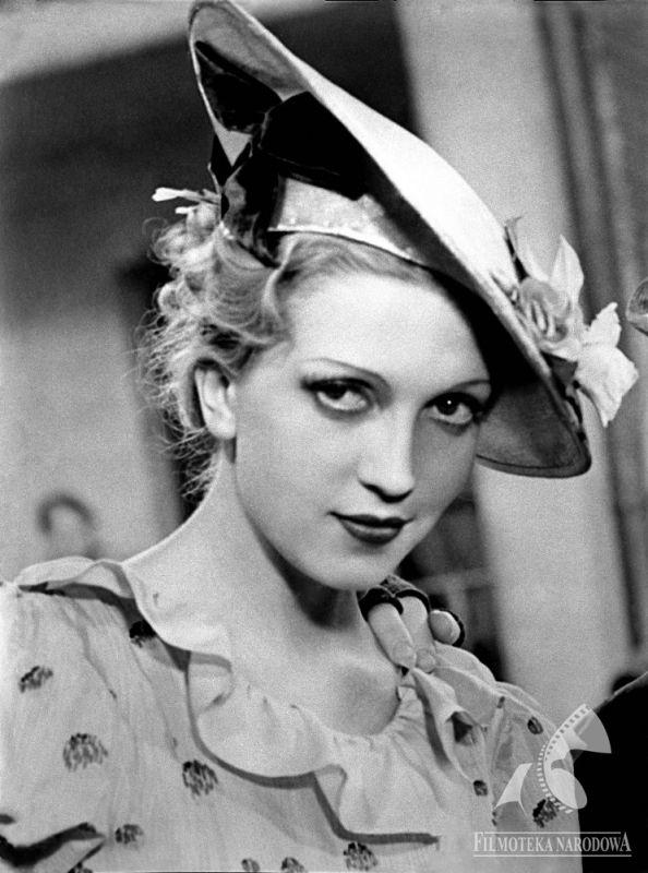 Tamara Wiszniewska (born December 20, 1919) was a popular Polish actress of the interwar period.