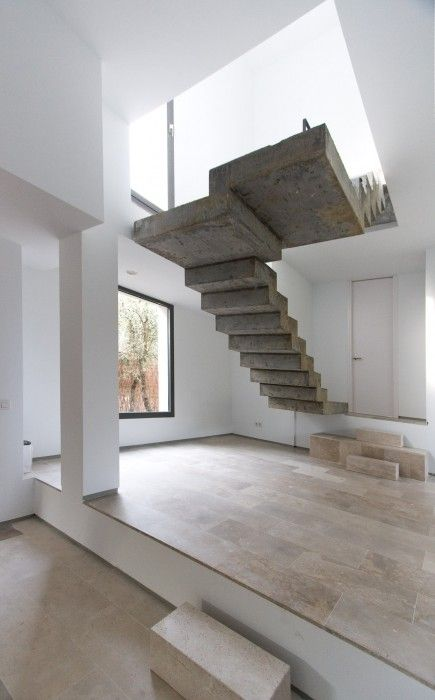 Suspended stairs by Ábaton Arquitectura