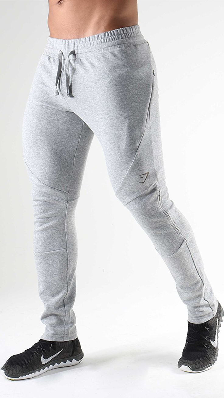 The newest addition to the Apex family. Introducing the functional tracksuit with dynamic design and DRY moisture management technology. Launching 1st January 2017