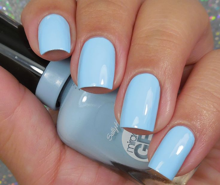 Sally Hansen Miracle Gel: ⭐ Blue Hue ⭐