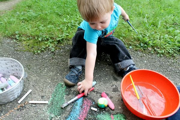 outside play with chalk and water