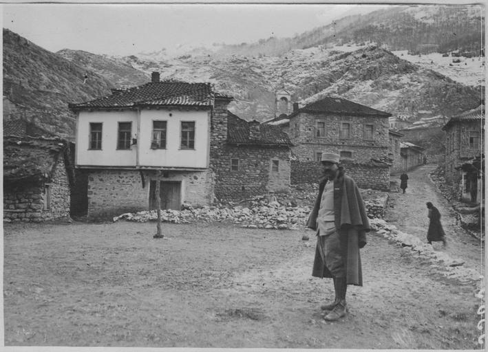 Village of Smrdesh (Kristalopigi), Greece (1917)