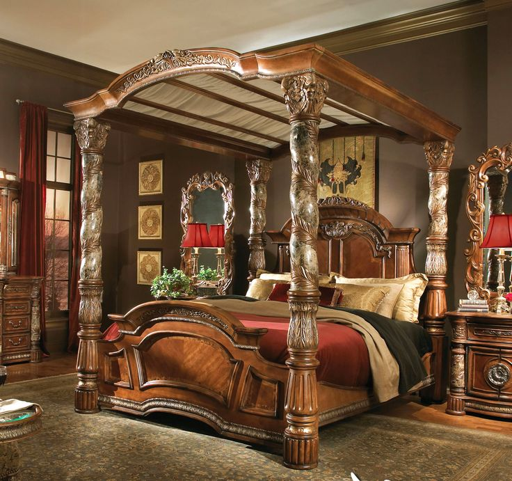 Breathtaking King Size Canopy Bed