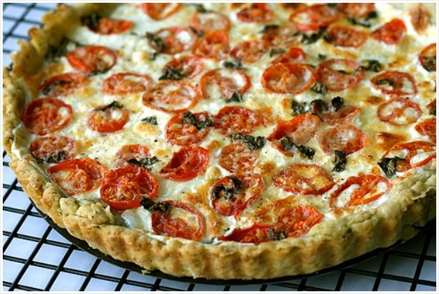 Tomato Mozzarella Tart with Basil Garlic Crust